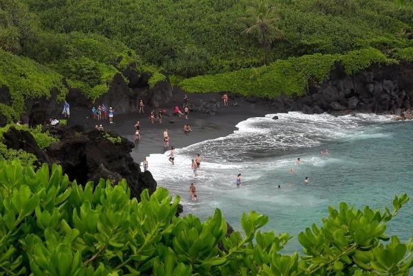 Waikiki, Waianapanapa a Ehukai: