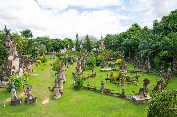 V Laose vládne dokonalý