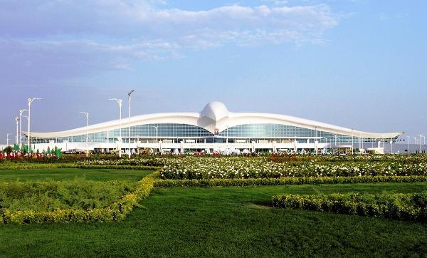 V Turkménsku otvorili letisko