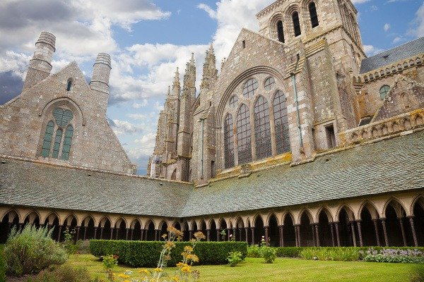 Mont Saint-Michel: Miesto, kde