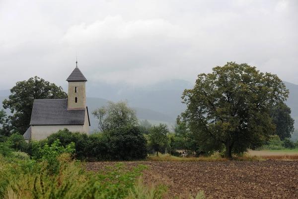 Románsky kostolík sv. Jána