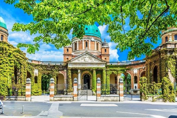 Cintorín Mirogoj, Záhreb, Chorvátsko