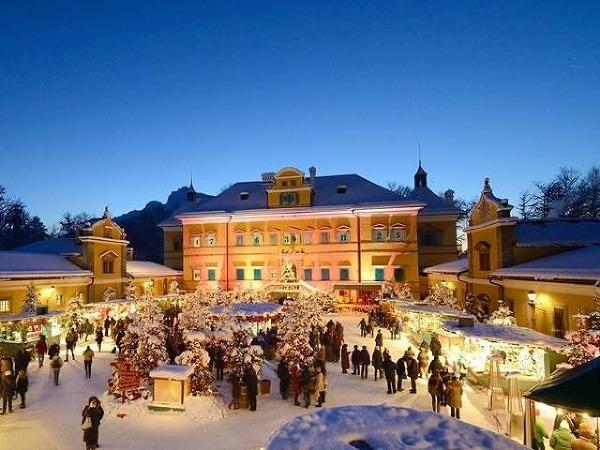 Zámok Hellbrunn pri Salzburgu,