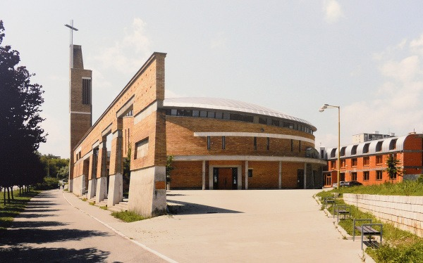 Fotografia rímskokatolíckeho kostola sv.