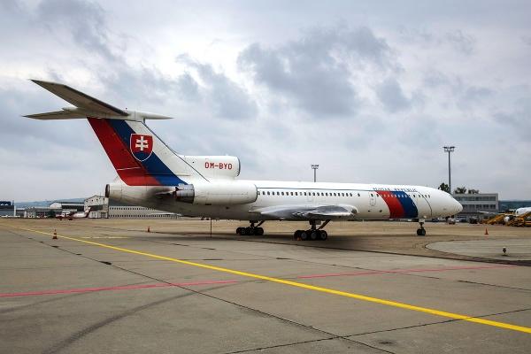 Bývalý vládny špeciál TU-154M
