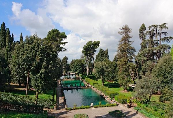Záhrady Tivoli pri vile