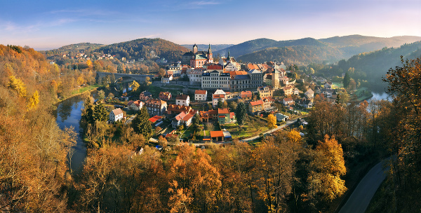 Hrad Loket, Česká republika