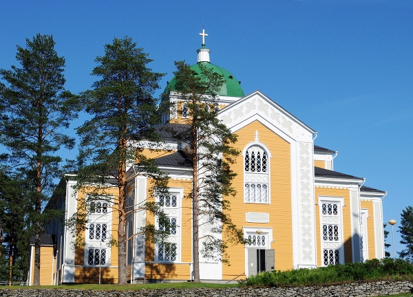 Najväčší drevený kostol na
