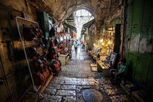 Obchodná ulička v Jeruzaleme,