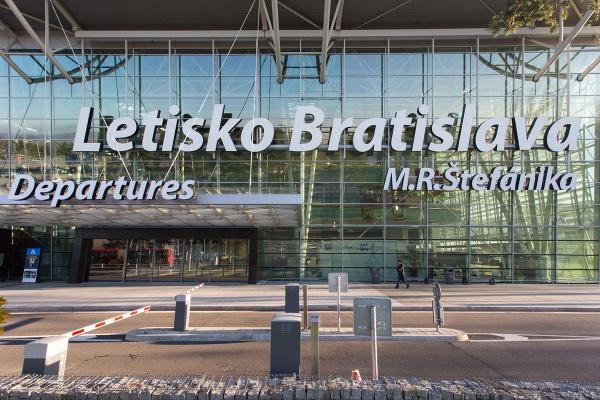 Letisko M. R. Štefánika
