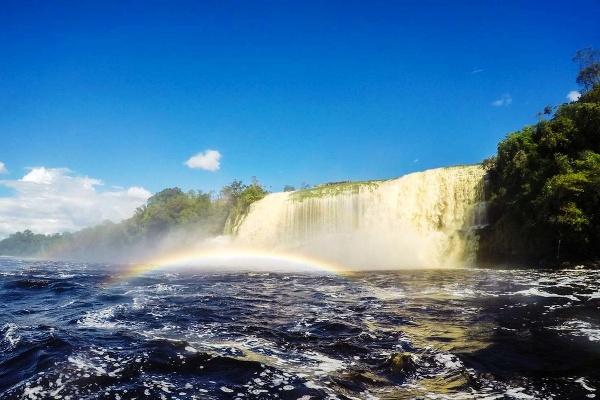 Angelov vodopád, Venezuela
