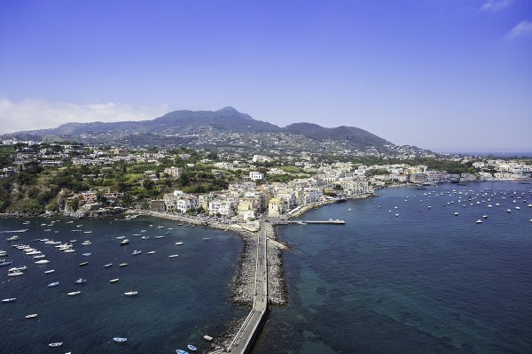 Ostrov Ischia, Taliansko