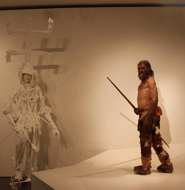 Ötzi, Bolzano, Taliansko