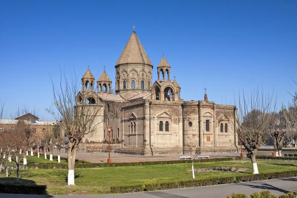 Katedrála v Ečmiadzine, Arménsko