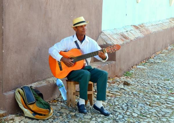 Pouličný muzikant, Kuba