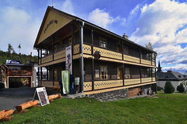 Švajčiarsky dom v Starom