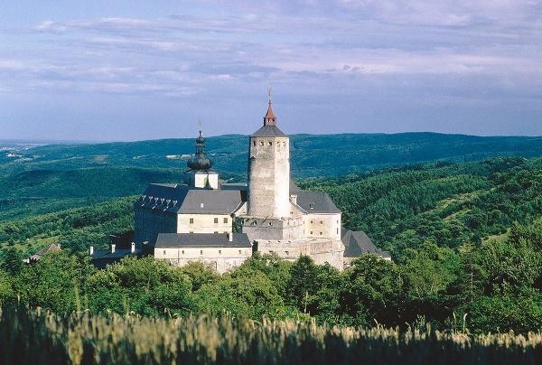 Hrad Forchtenstein, Rakúsko