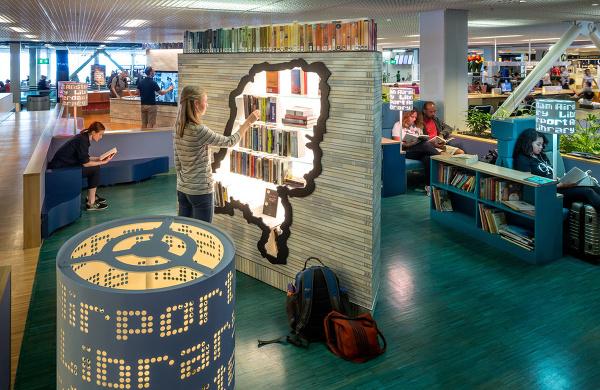 Knižnica na letisku v