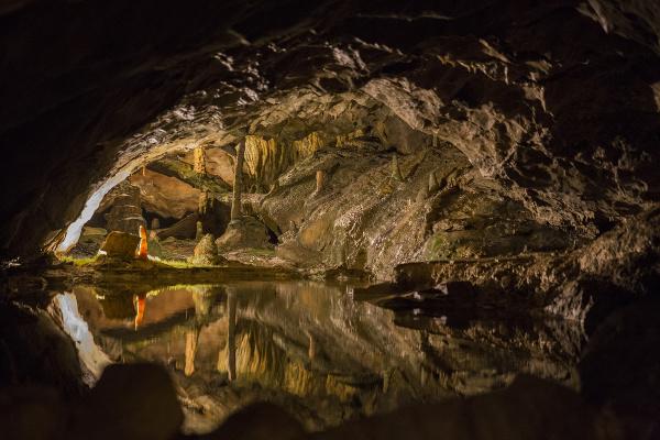 Jaskyňa St. Beatus, Švajčiarsko