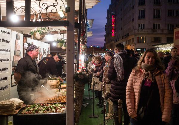Vianočný trh v Budapešti