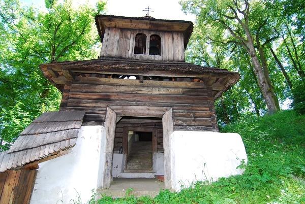 Drevený kostol v obci