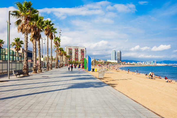 Pláž Barceloneta, Barcelona, Španielsko