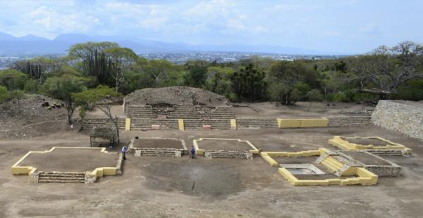 Na snímke prvý chrám