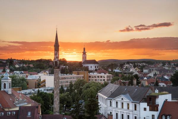 Minaret, Jáger, Maďarsko