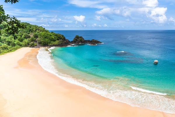 Praia de Sancho, Fernando