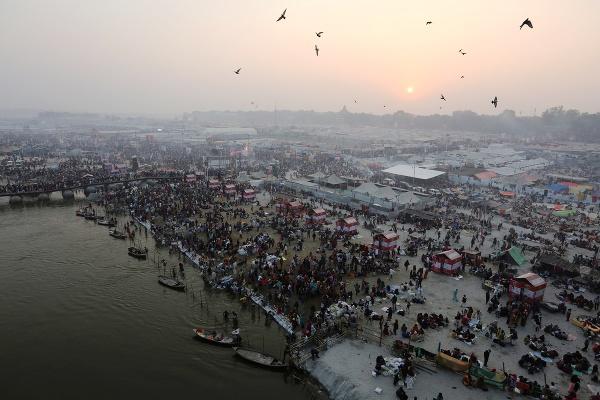 Hinduistická púť Kumbh Mela,