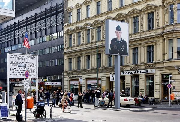 Checkpoint Charlie, Berlín, Nemecko