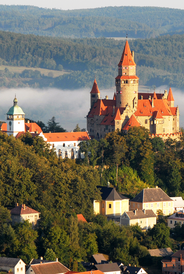 Hrad Bouzov, Česká republika