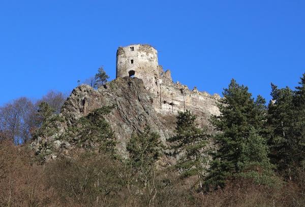 Zrúcanina hradu Šášov