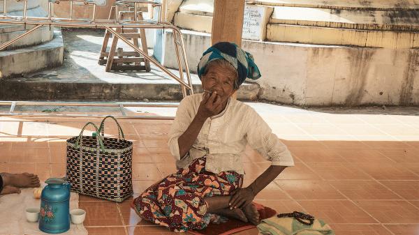 Mjanmarská žena