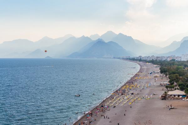 Pláž Konyaalti