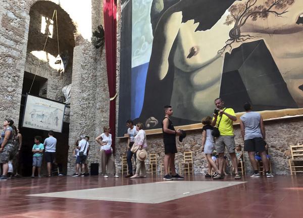 Krypta Salvadora Dalího v