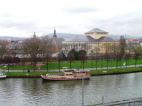 Divadlo v Saarbrückene