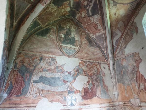 Zrekonštruovaný stredoveký kostol v