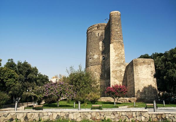 Panenská veža v Baku