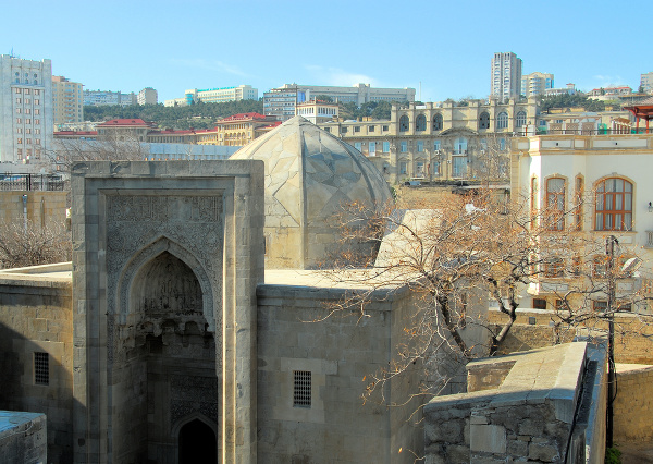 Palác širvanšáhov v Baku