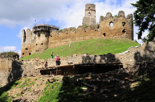 Obec Zborov preslávil hrad