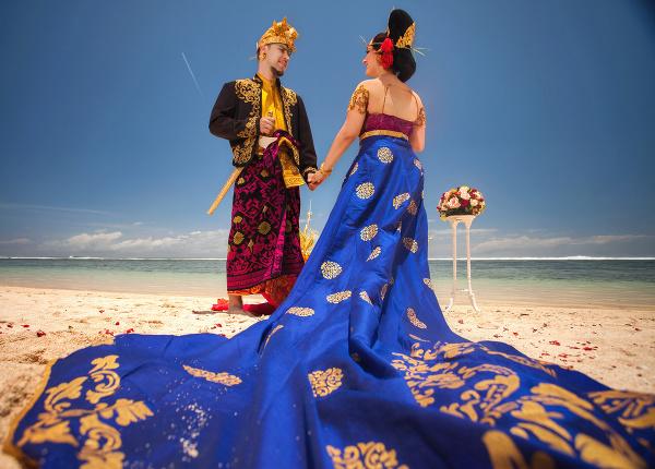 Indonézski mladomanželia