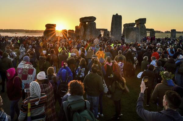 Slnovrat pri Stonehenge