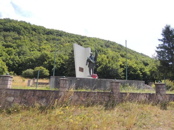 Pamätník SNP Petra Kubíka