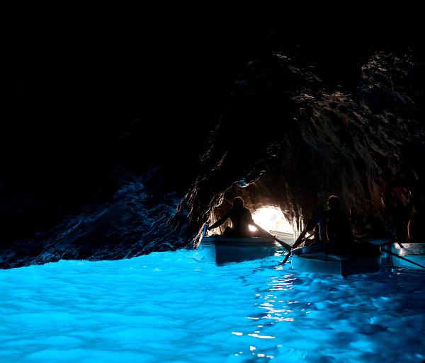 Modrá jaskyňa