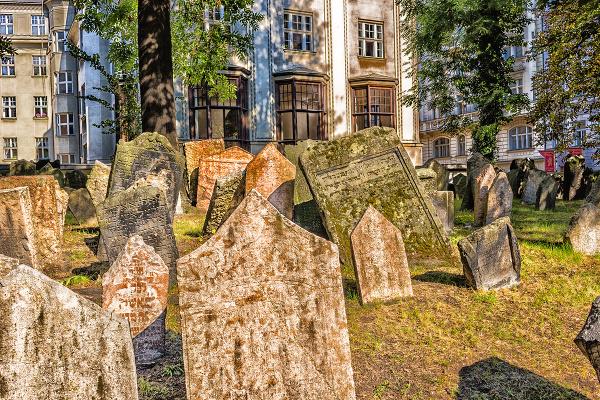 Starý židovský cintorín v