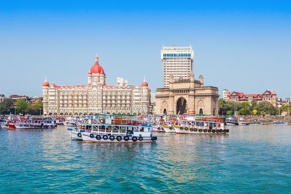v Bombaji