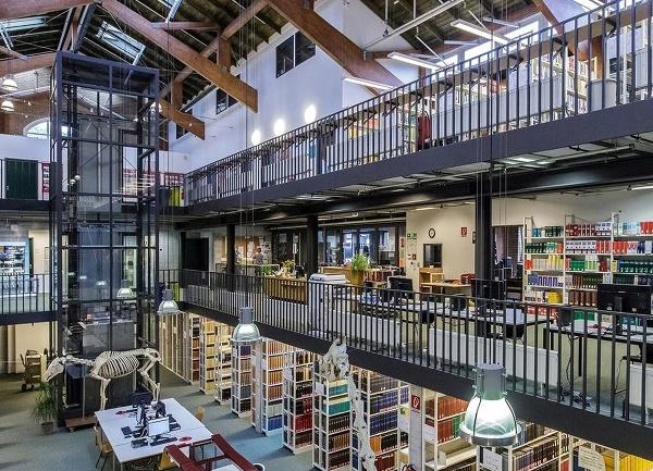 Filologická knižnica Slobodnej univerzity