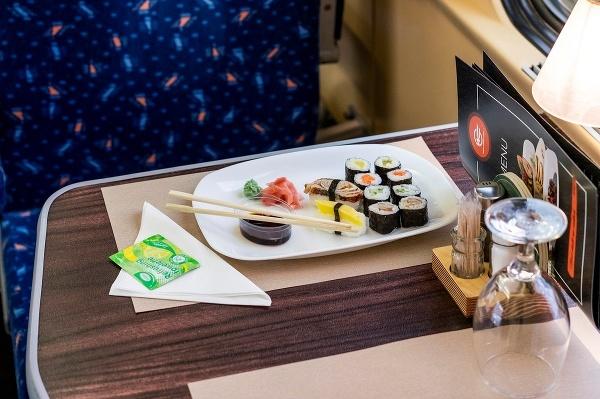 Sushi, hovädzie teriyaki s