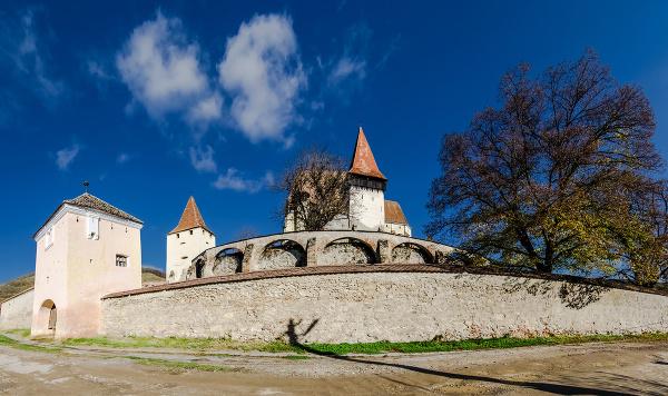 Opevnený kostol Biertan v